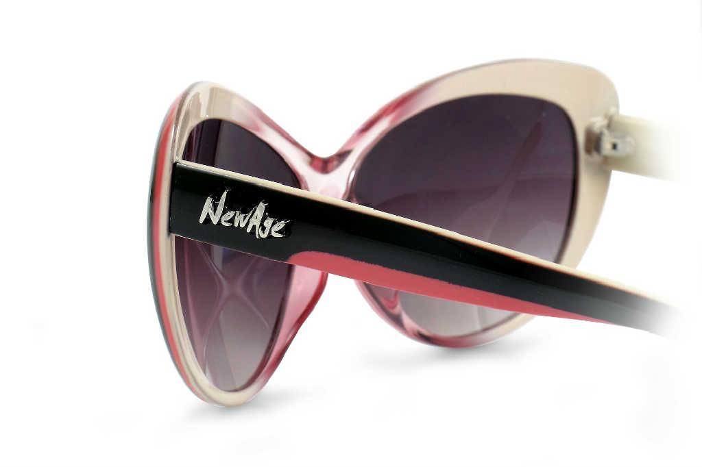 Solbriller med røde glas til kvinder