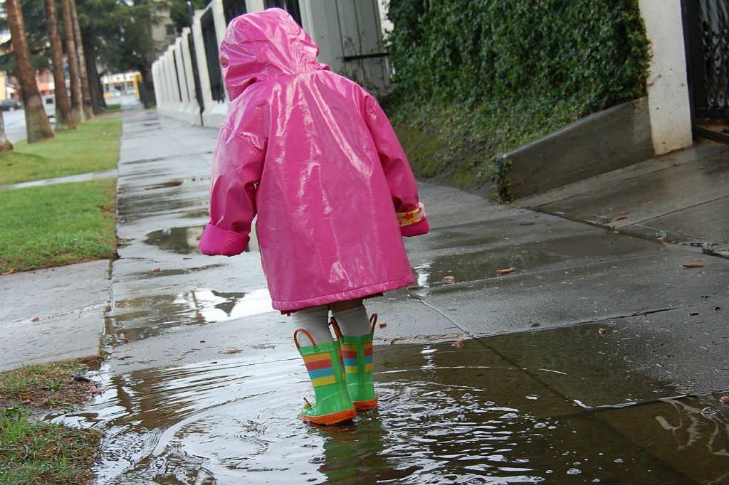 brug det åndbare Mikk-Line regntøj til børn