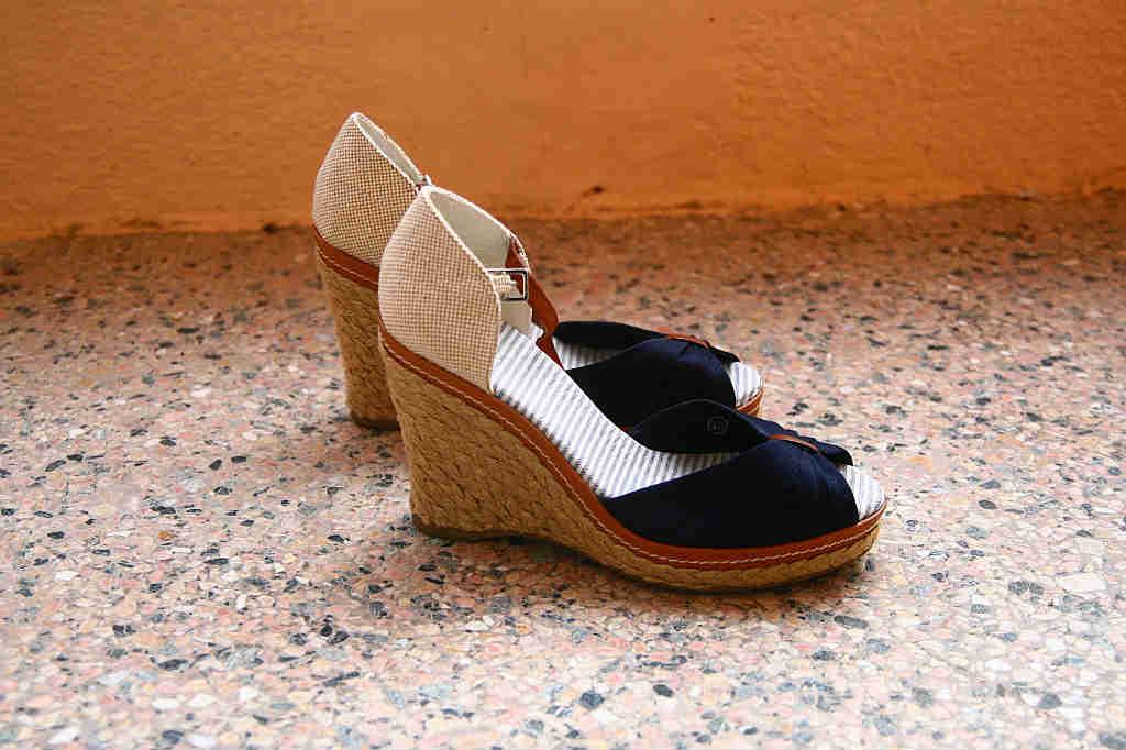 Brug de lækre sandaler med kilehæl til sommer